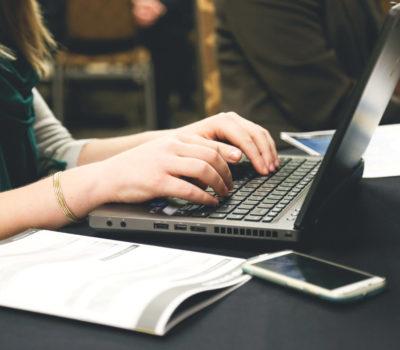 computer-desk-email